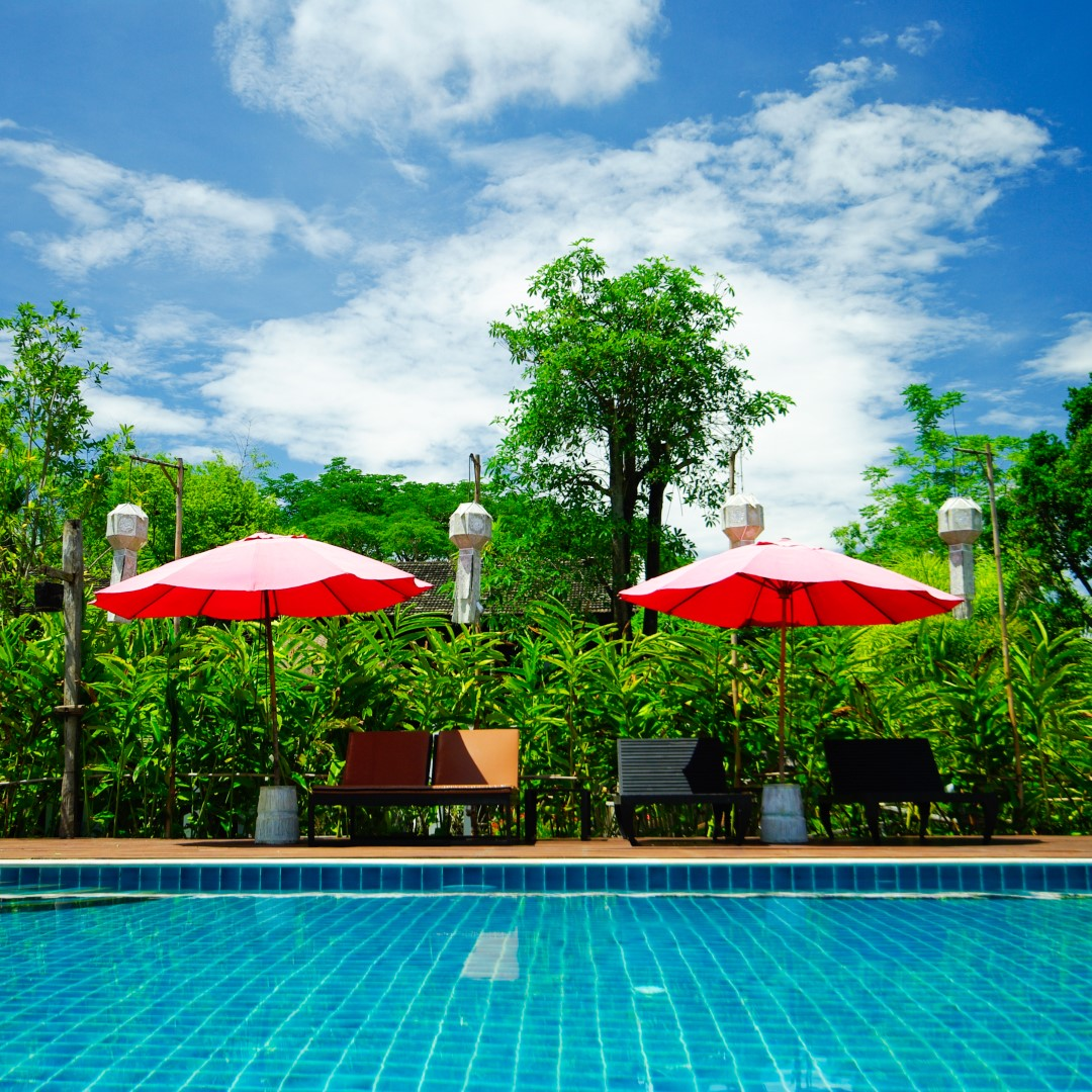Why You Should Consider Alternative To Chlorine Pools